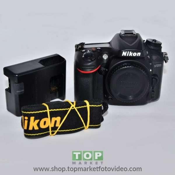 Nikon D7200 (solo corpo)